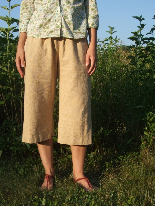 linen/cotton cropped pants