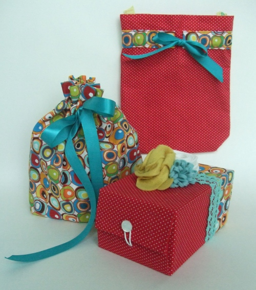 Ruby Star Wrapping Bags and Box